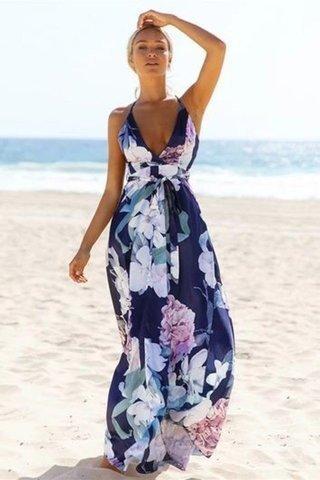 أفكار وموديلات متنوعة لفساتين الشاطئ